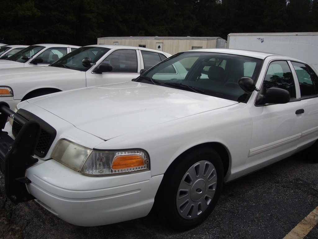 Used Police Vehicles For Sale >> Check Out This 2010 Ford Crown Victoria Police Interceptor Should I Get It