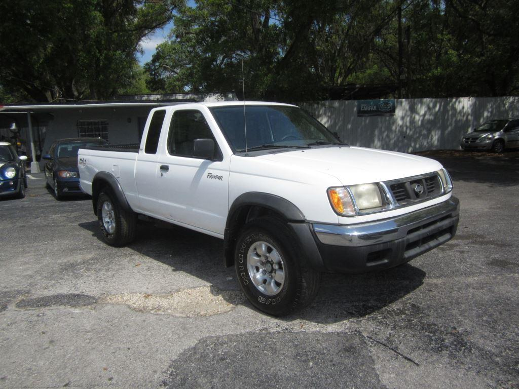 2000 nissan frontier xe desert runner in tampa fl used cars for sale on. Black Bedroom Furniture Sets. Home Design Ideas