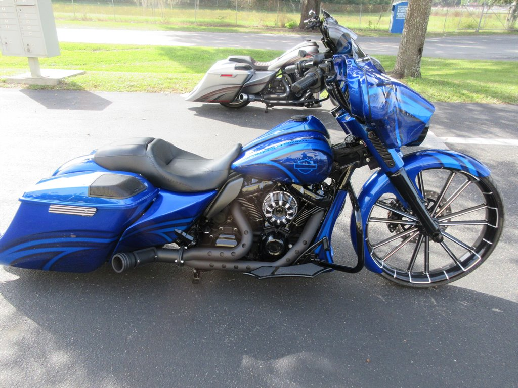 Check Out This 2019 Harley Davidson Street Glide Should I Get It