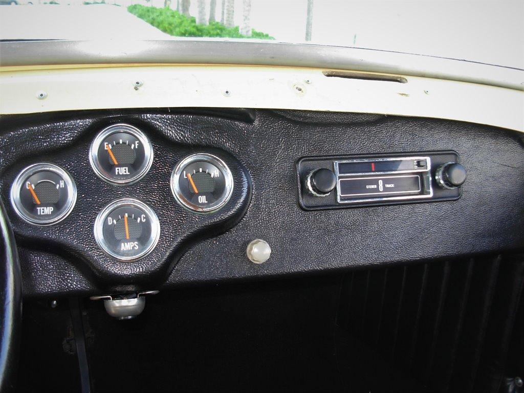 1931 Ford Tudor Roadster 24