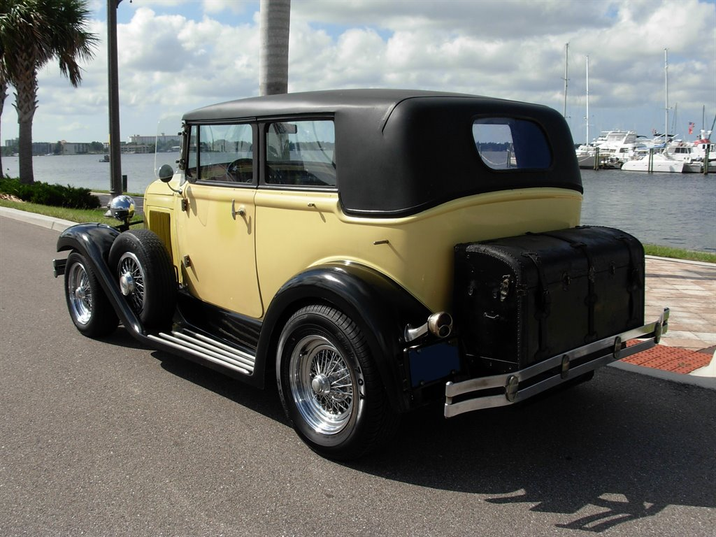 1931 Ford Tudor Roadster 17