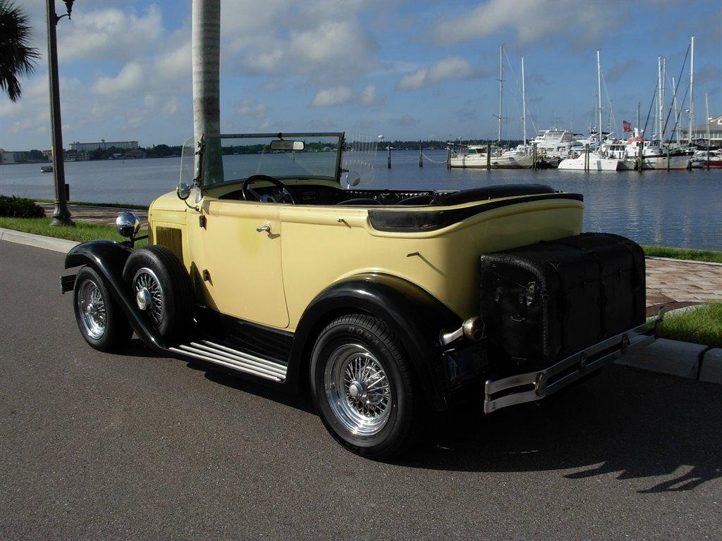1931 Ford Tudor Roadster 9
