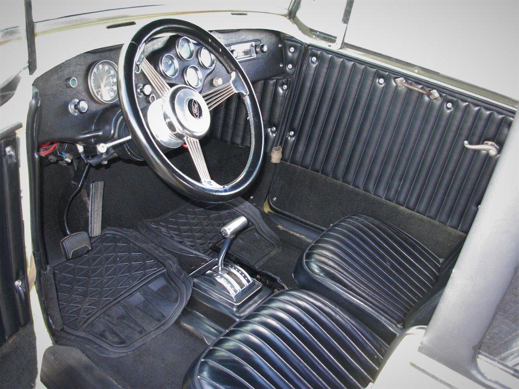 1931 Ford Tudor Roadster 21
