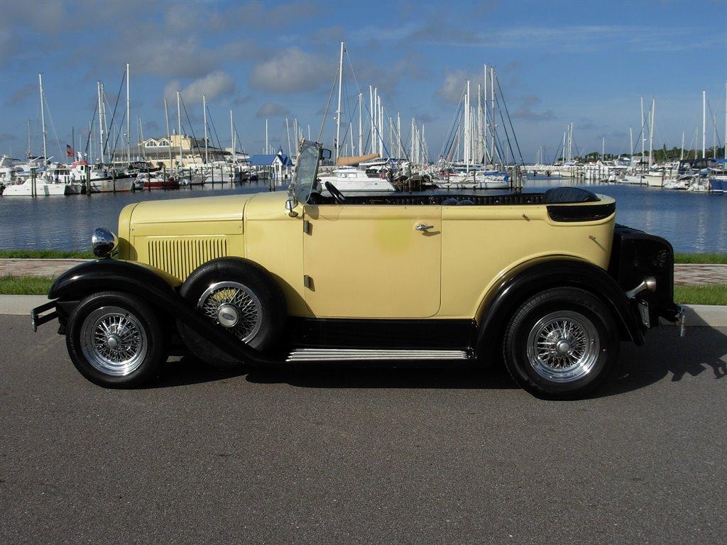 1931 Ford Tudor Roadster 8