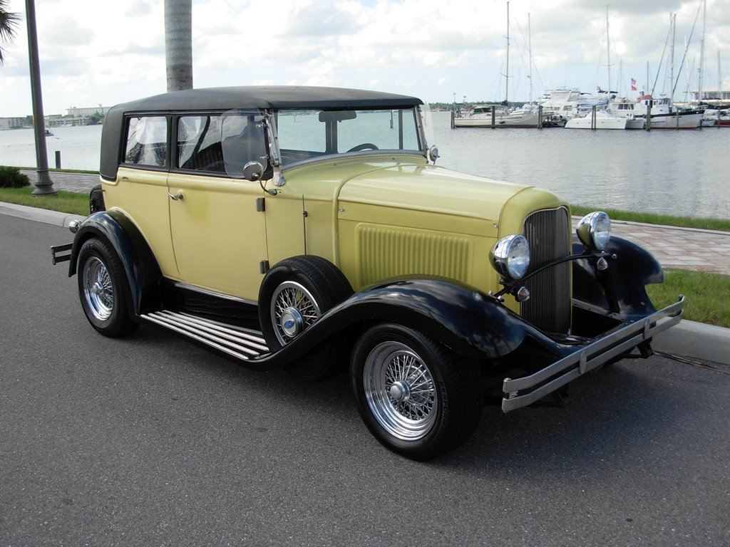 1931 Ford Tudor Roadster 13