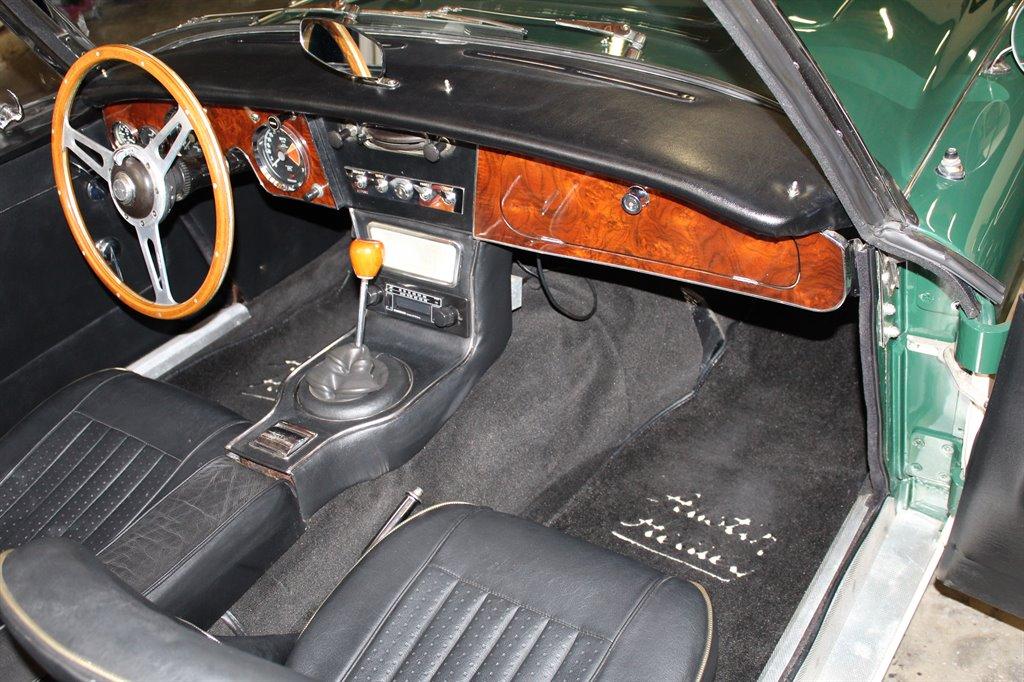 1967 Austin-Healey 3000 26