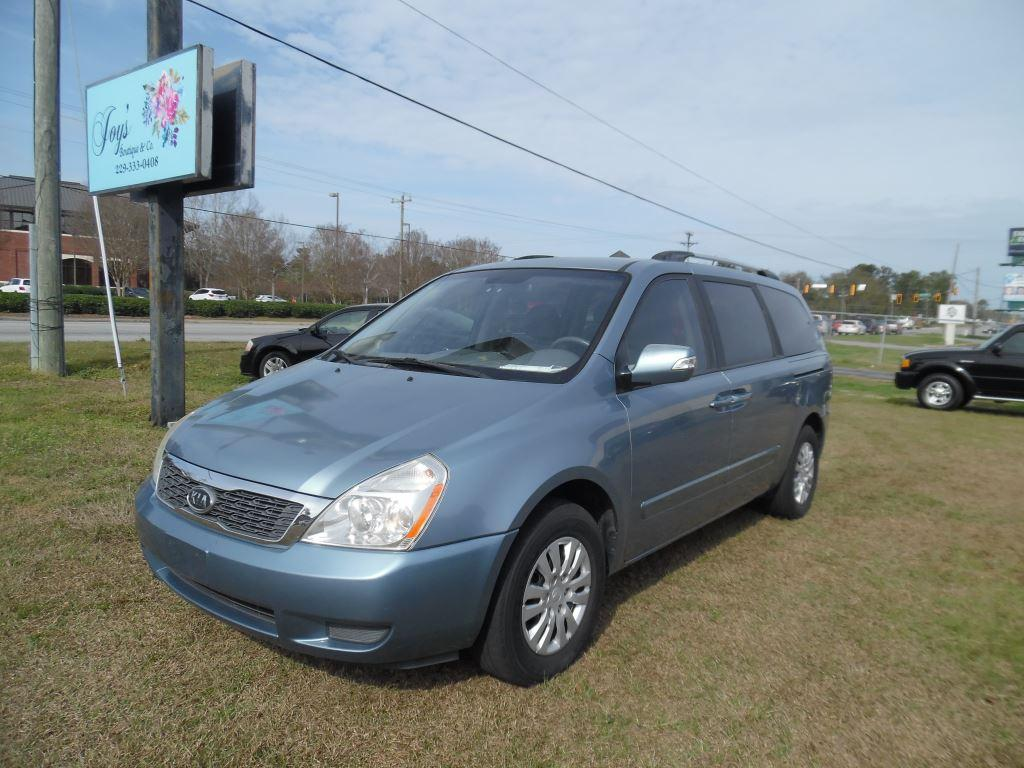 2011 Kia Sedona LX photo
