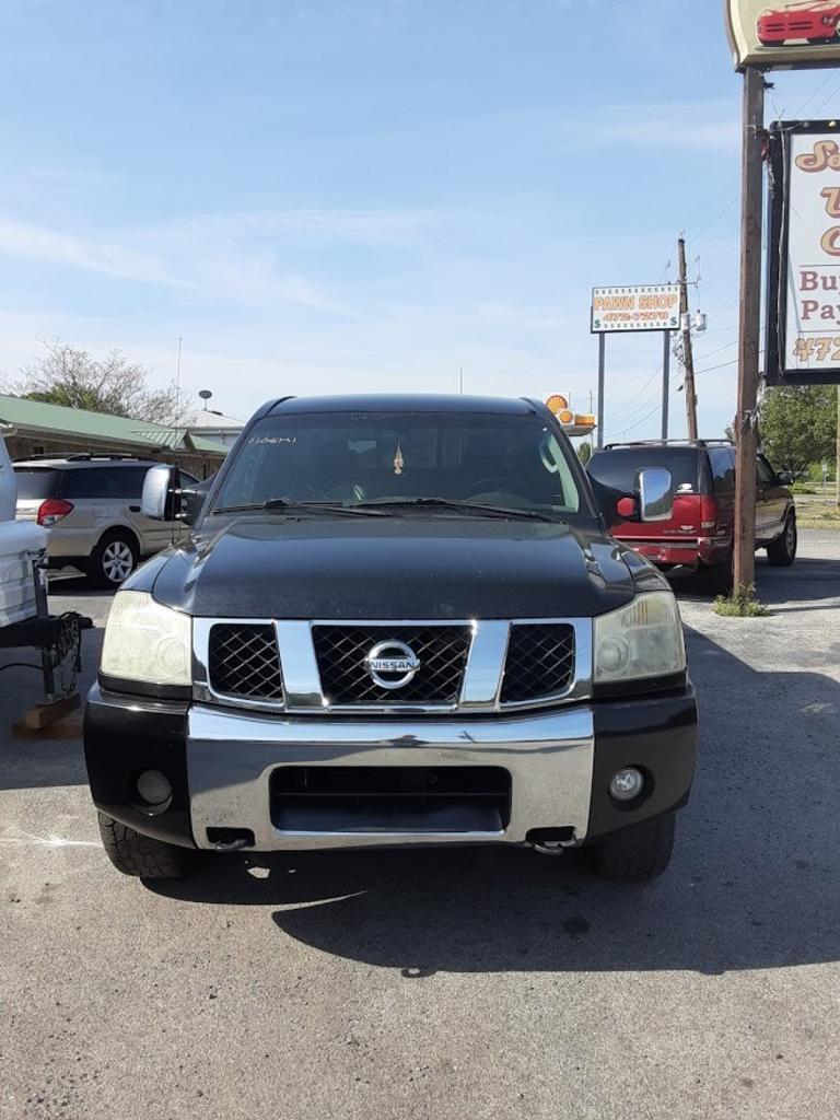2005 Nissan Titan XE photo