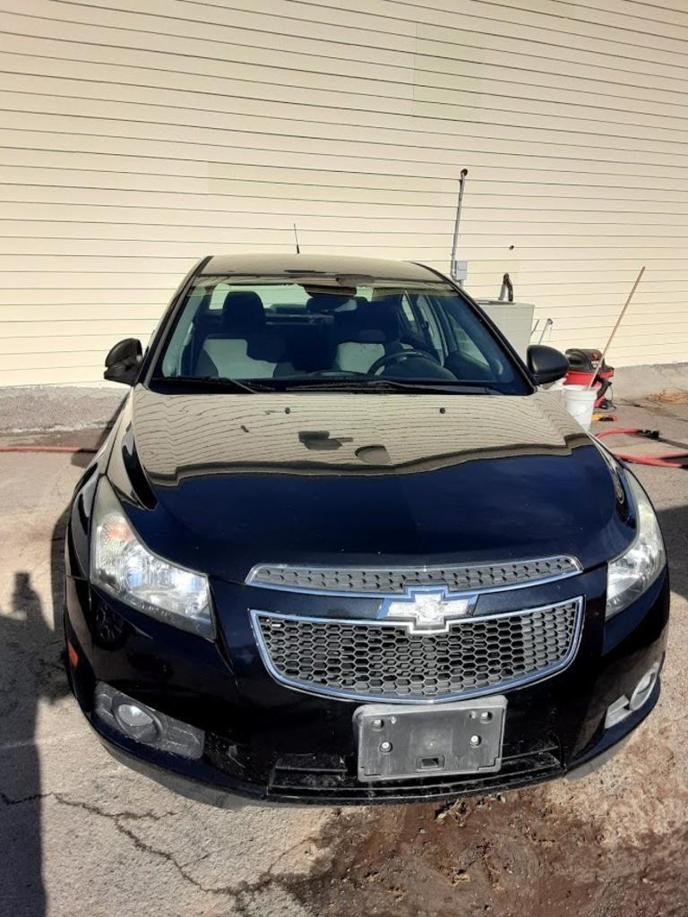 2013 Chevrolet Cruze LS Auto photo