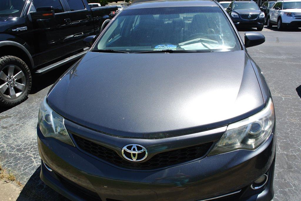 2014 Toyota Camry L photo