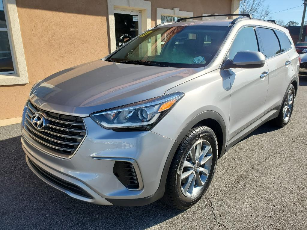 2017 Hyundai Santa Fe SE photo