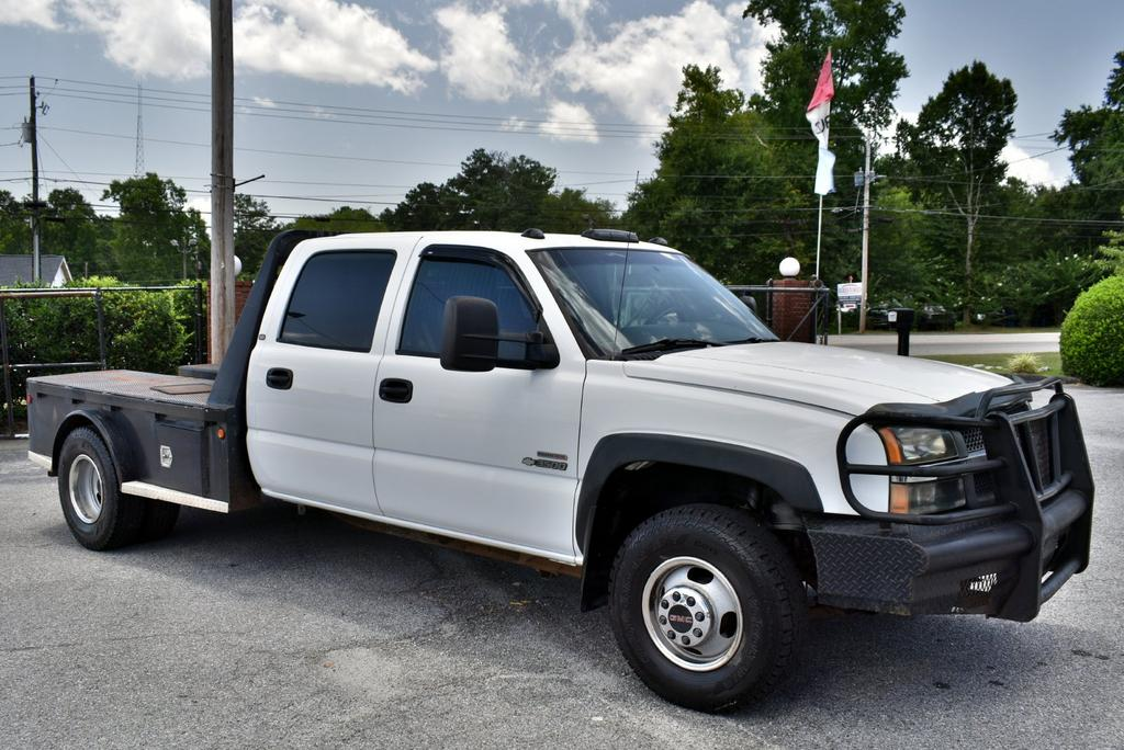 2004 Chevrolet Silverado 3500 Work Truck photo