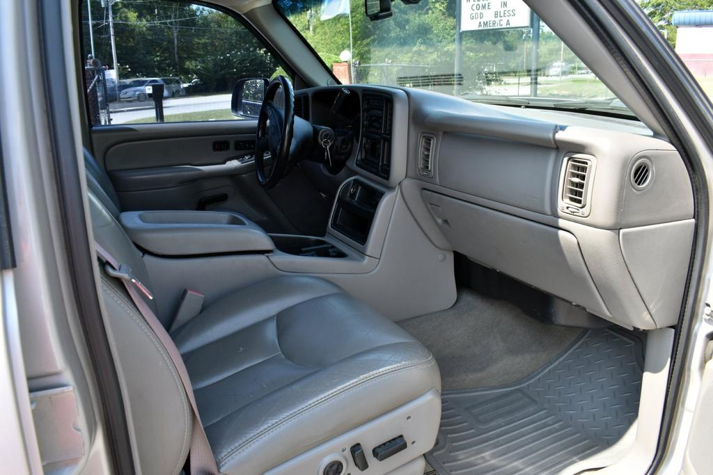 2005 Chevrolet Silverado 3500 Work Truck photo