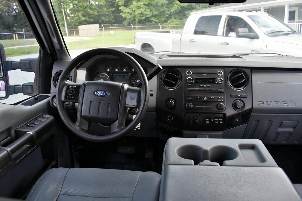 2012 Ford F-350 Lariat photo