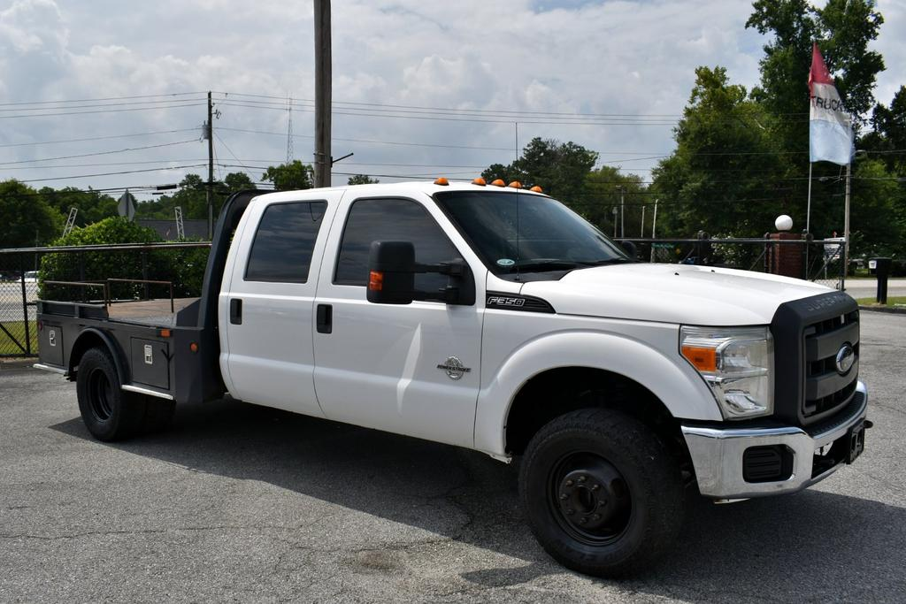 2012 Ford F-350 Lariat photo