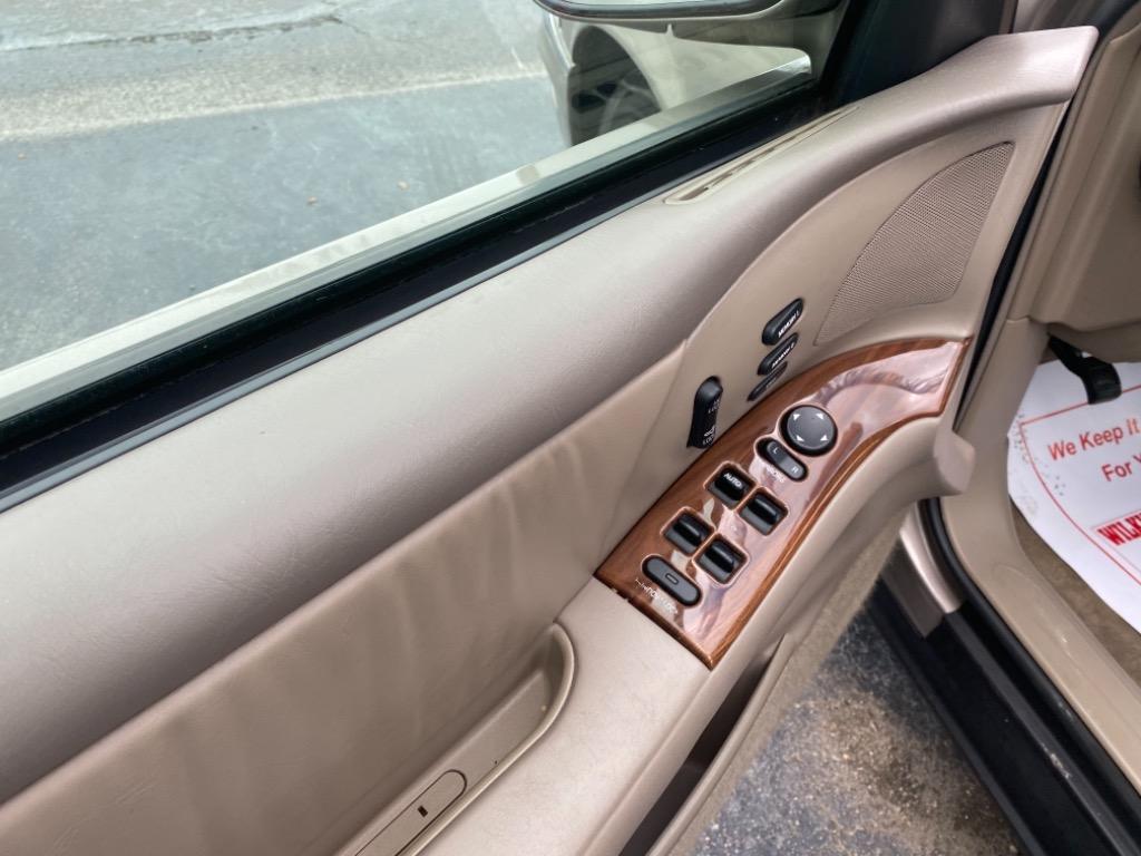 2002 Buick Park Avenue photo