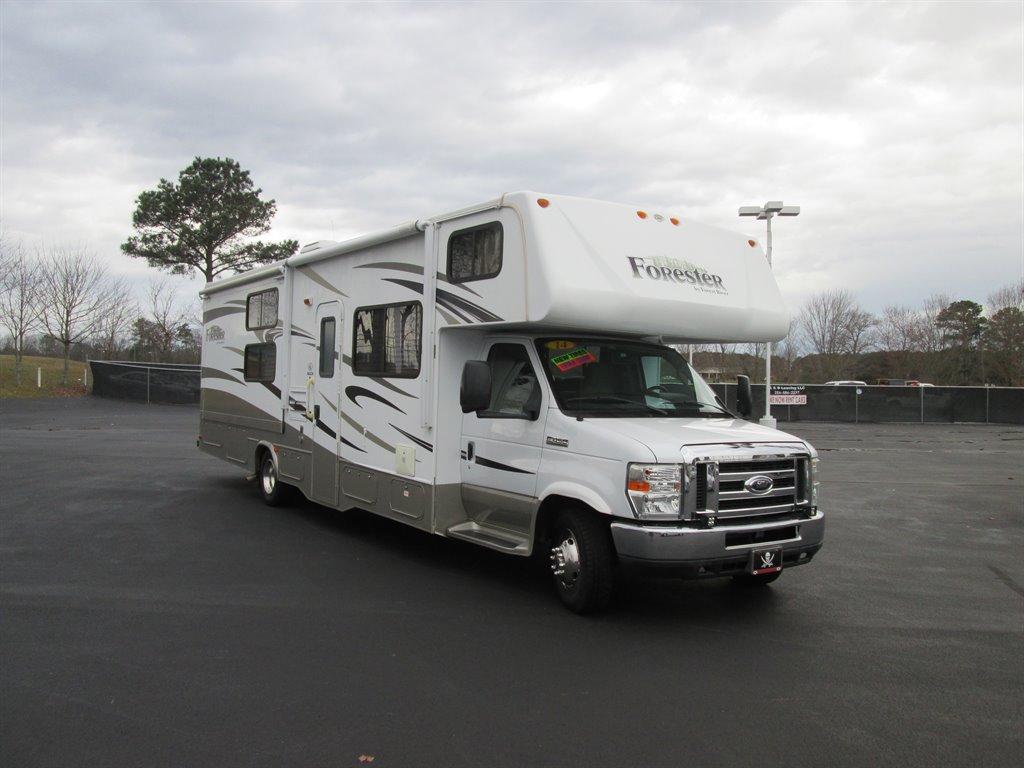 2014 Ford Commercial Vans E450 photo