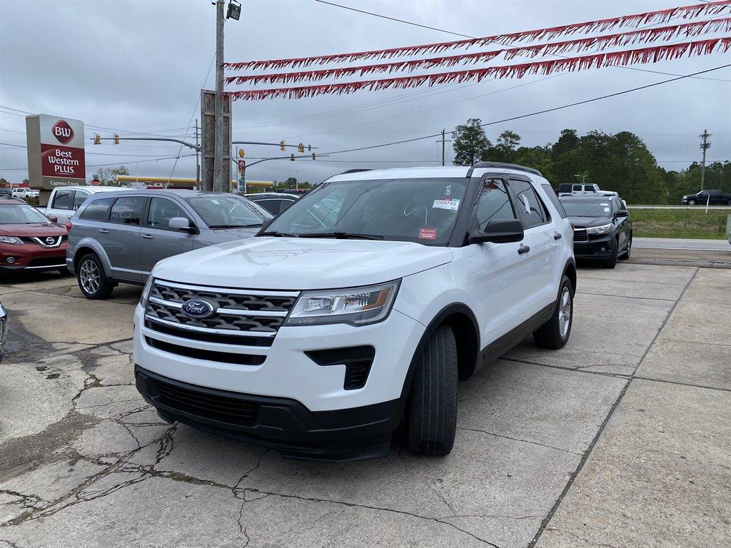 2018 Ford Explorer photo