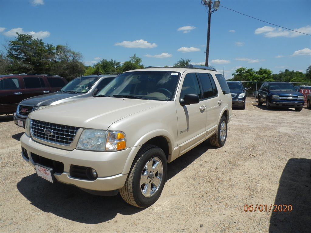 2005 Ford Explorer Limited photo