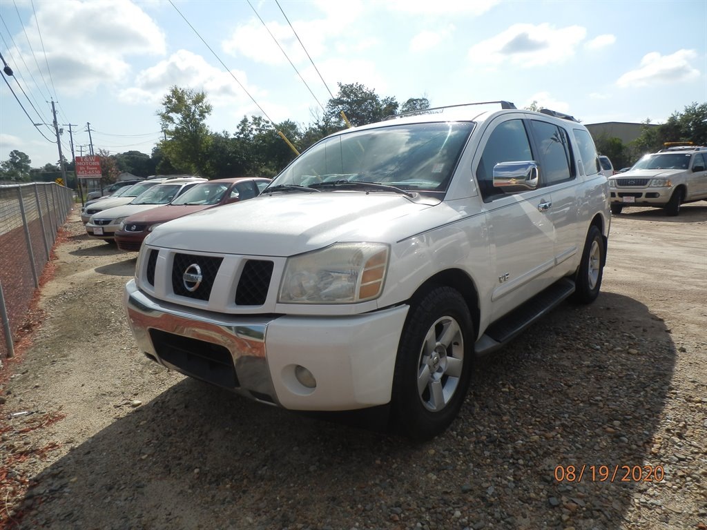 2005 Nissan Armada SE photo