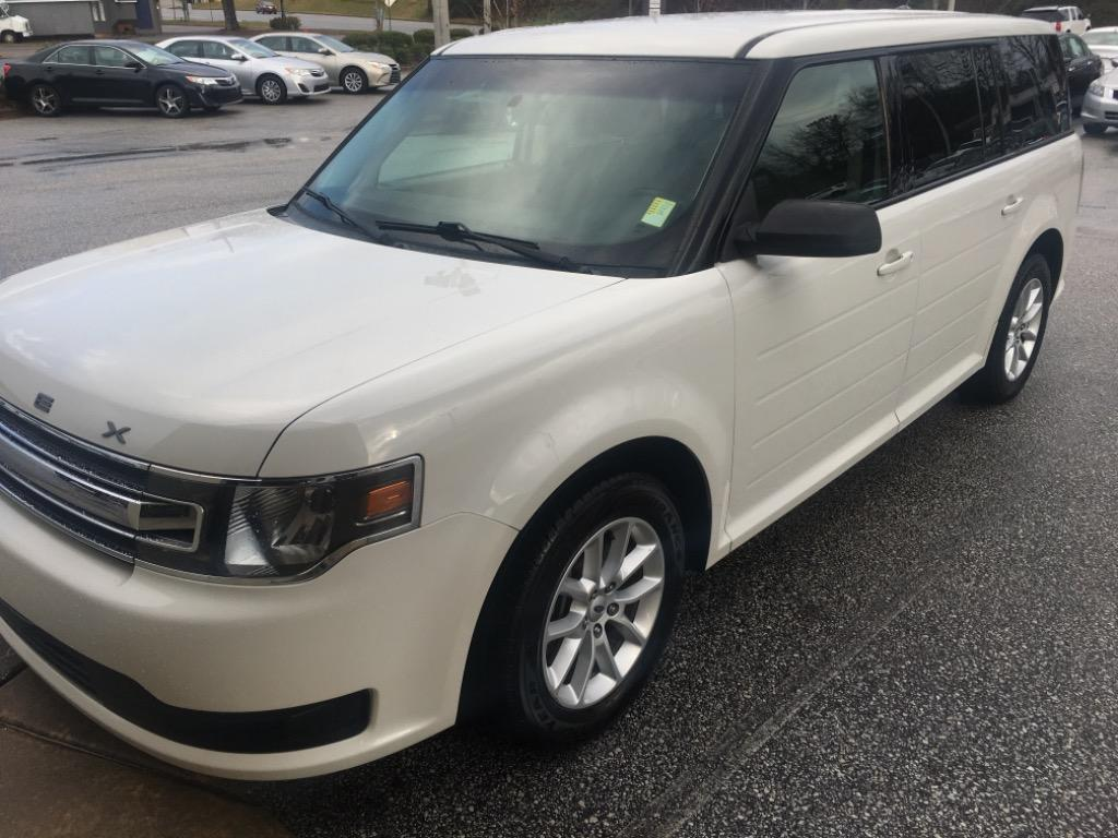 2013 Ford Flex SE photo