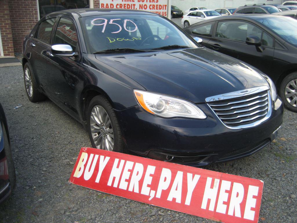 2013 Chrysler 200 Limited photo