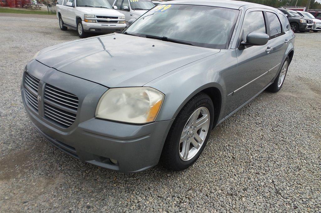 2006 Dodge Magnum RT photo