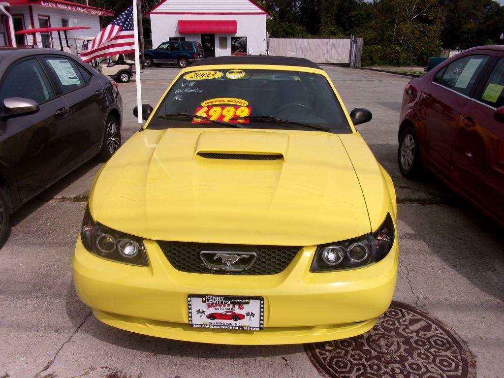 2003 Ford Mustang GT Deluxe photo