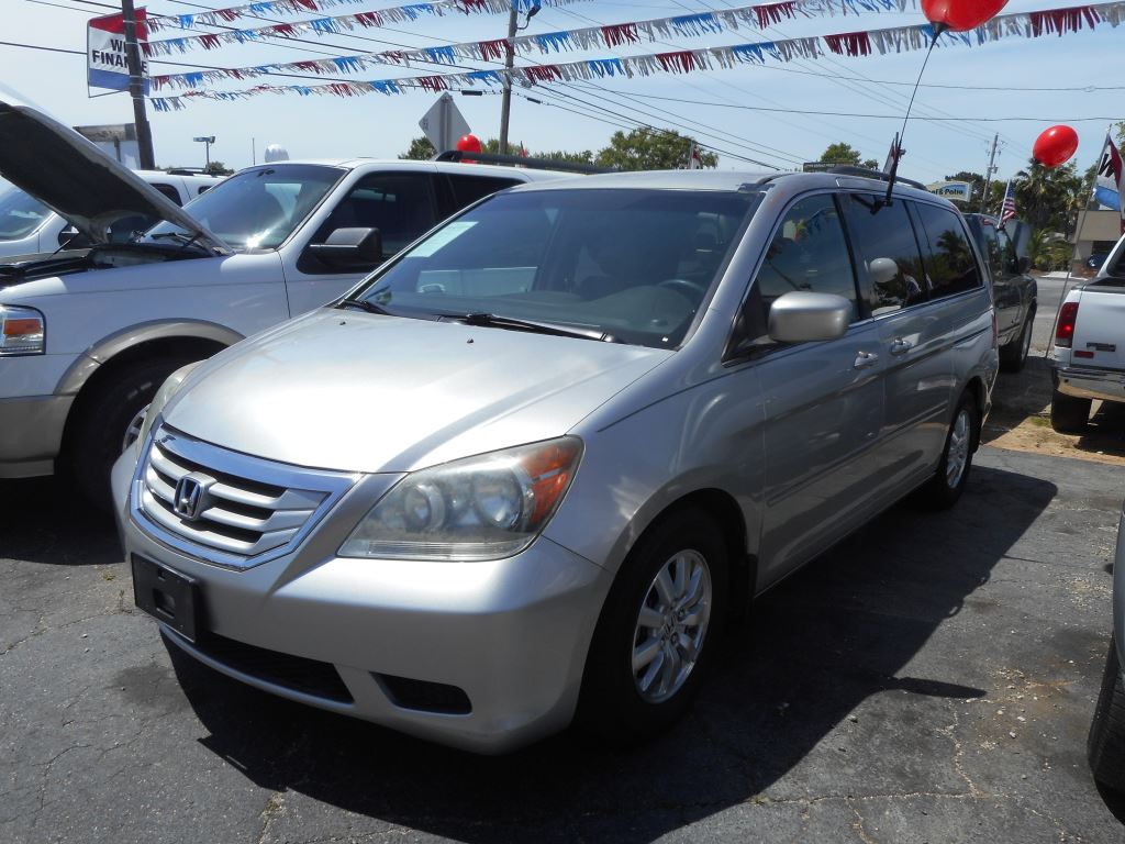 The 2009 Honda Odyssey EX photos