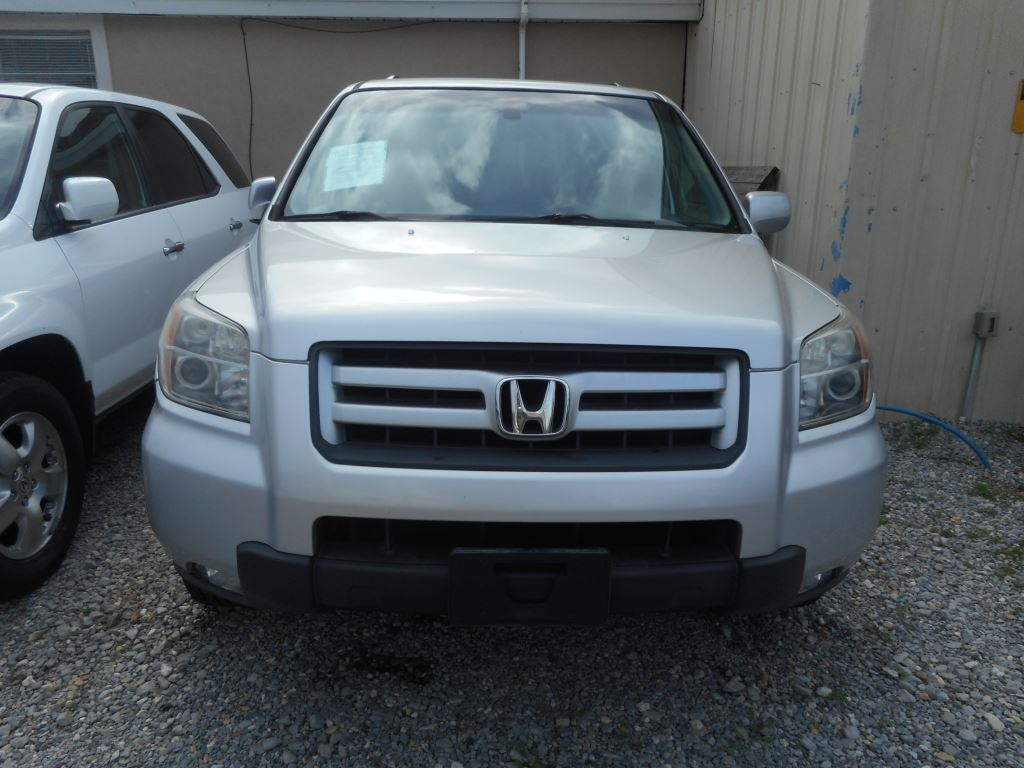 The 2007 Honda Pilot EX photos