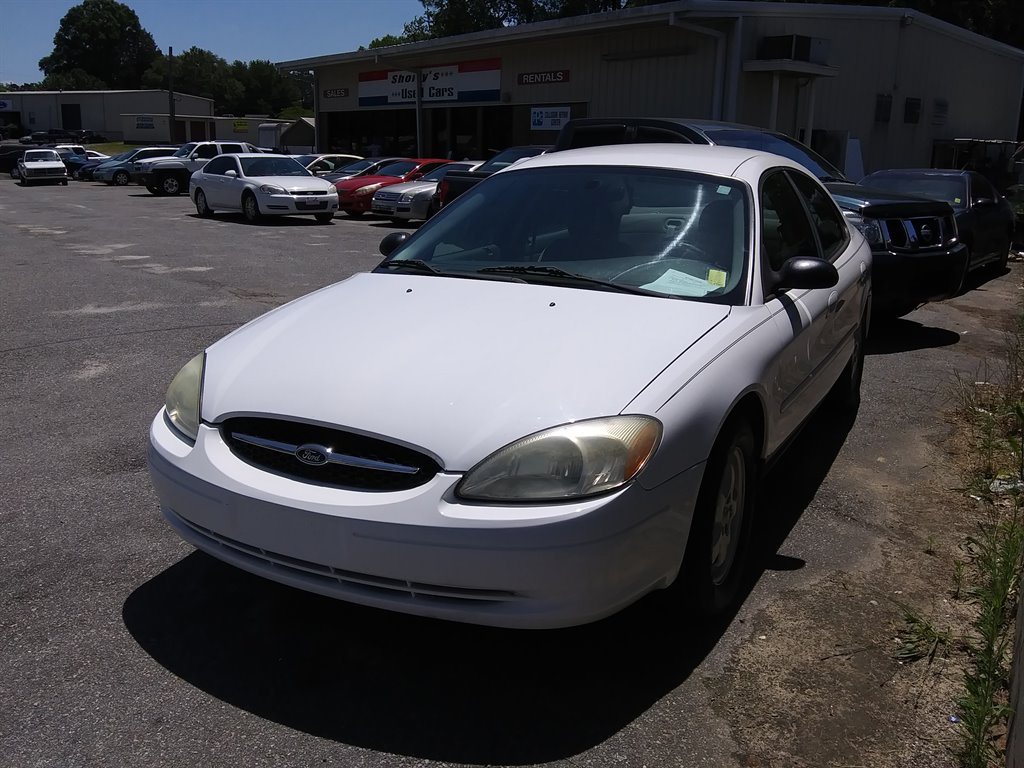 2006 Ford Taurus SE photo