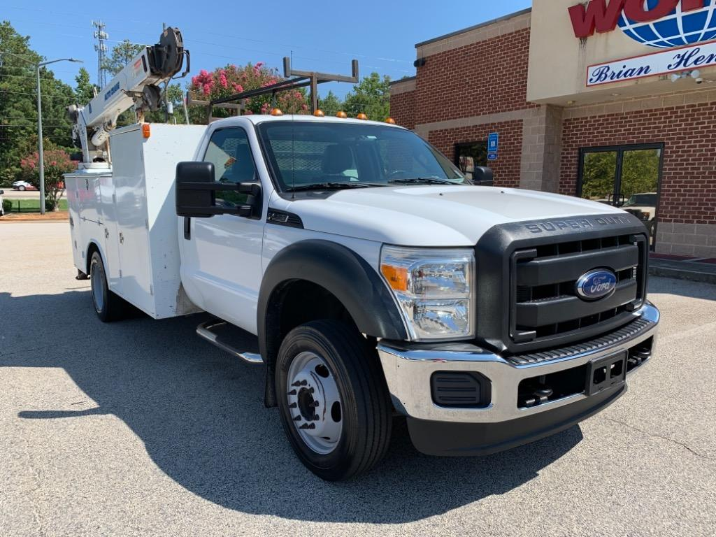 The 2013 Ford F-550 XL