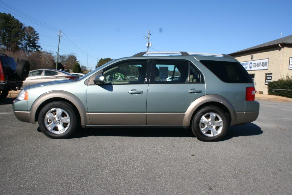 2005 Ford FreeStyle SEL photo