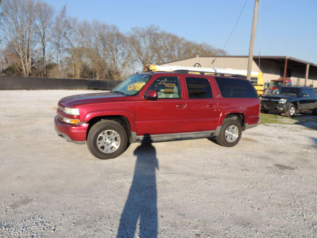 2004 Chevrolet Suburban 1500 Z71 photo