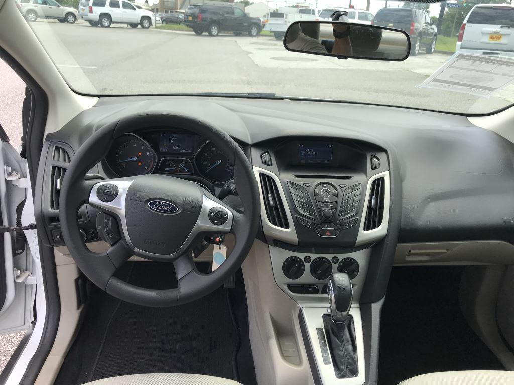 2014 Ford Focus SE photo