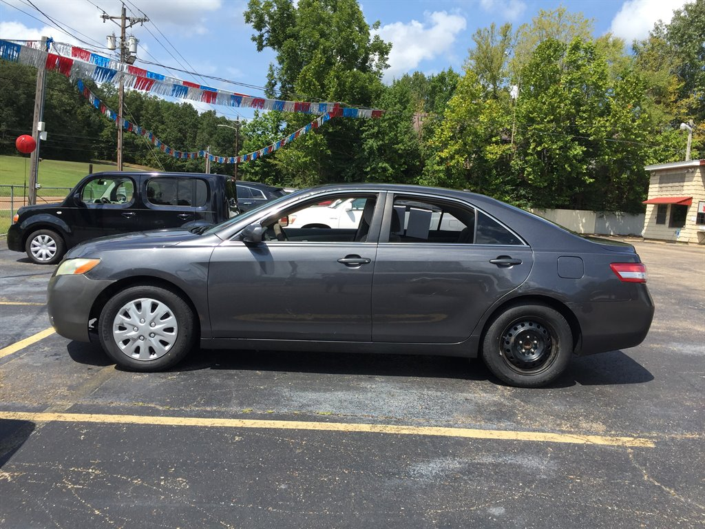 2011 Toyota Camry photo