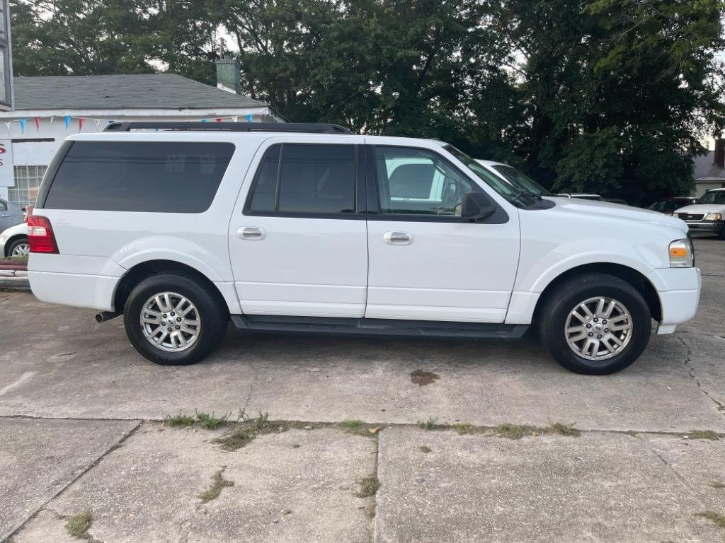 2012 Ford Expedition EL XLT photo