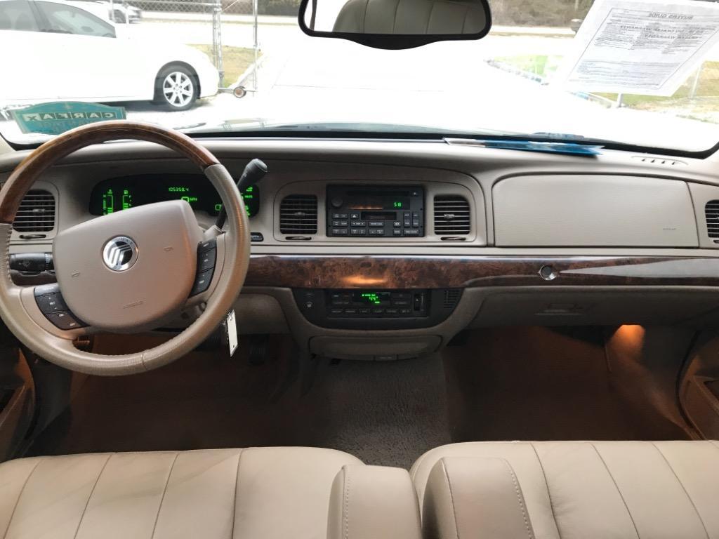 2005 Mercury Grand Marquis LS Premium photo