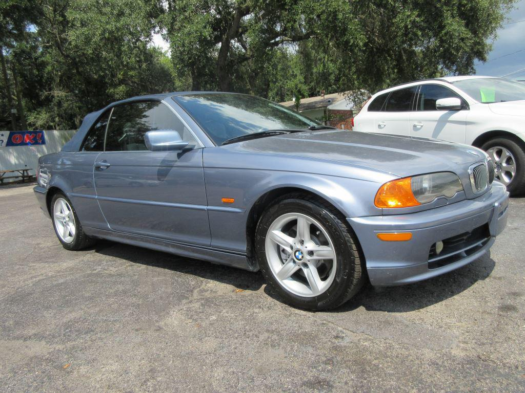 2003 BMW 3-Series 325Ci photo
