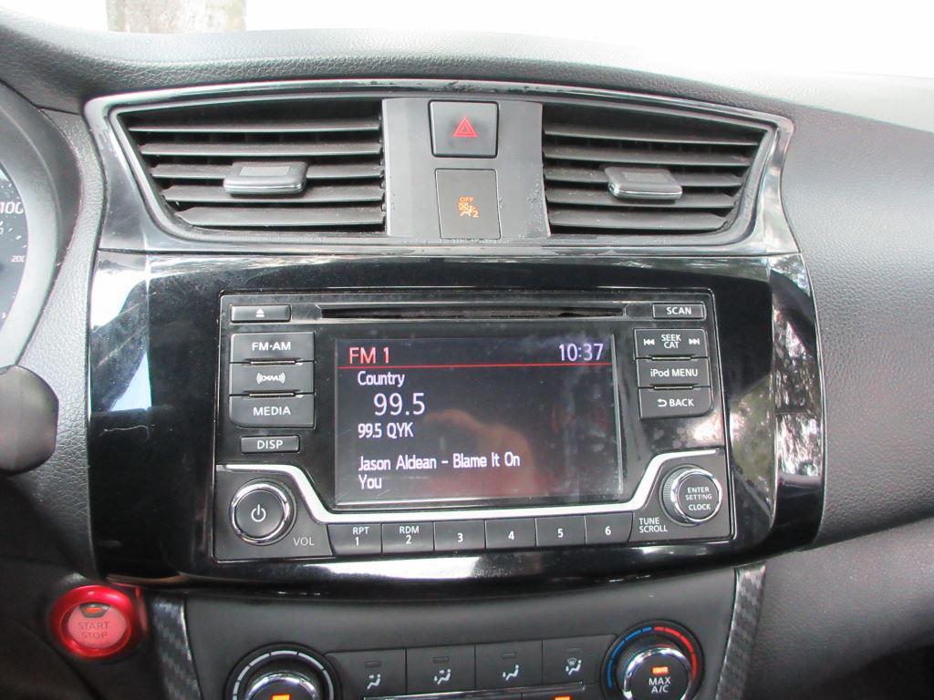 2017 Nissan Sentra  photo