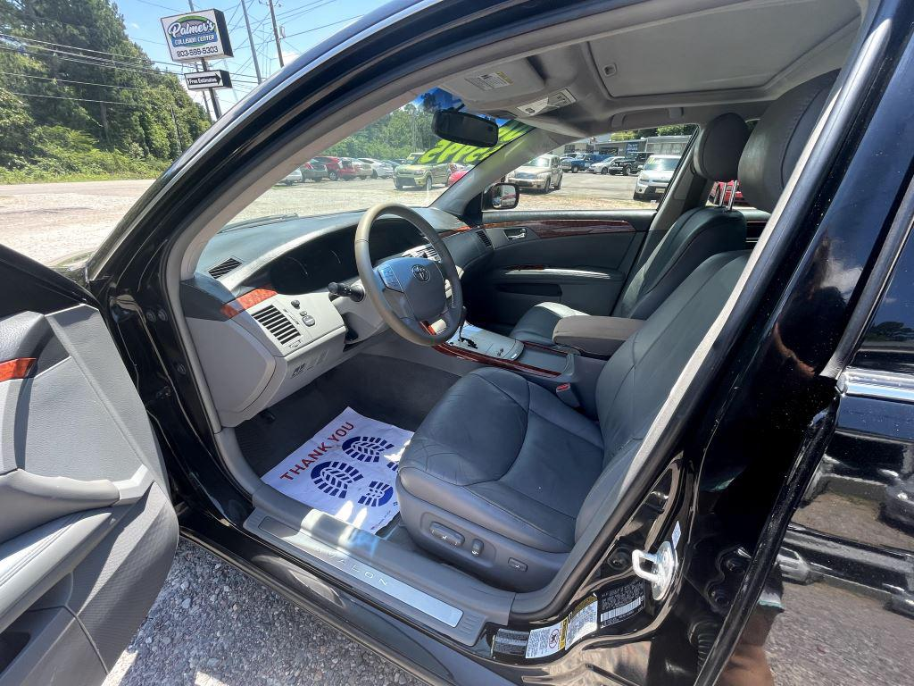 2006 Toyota Avalon XL photo