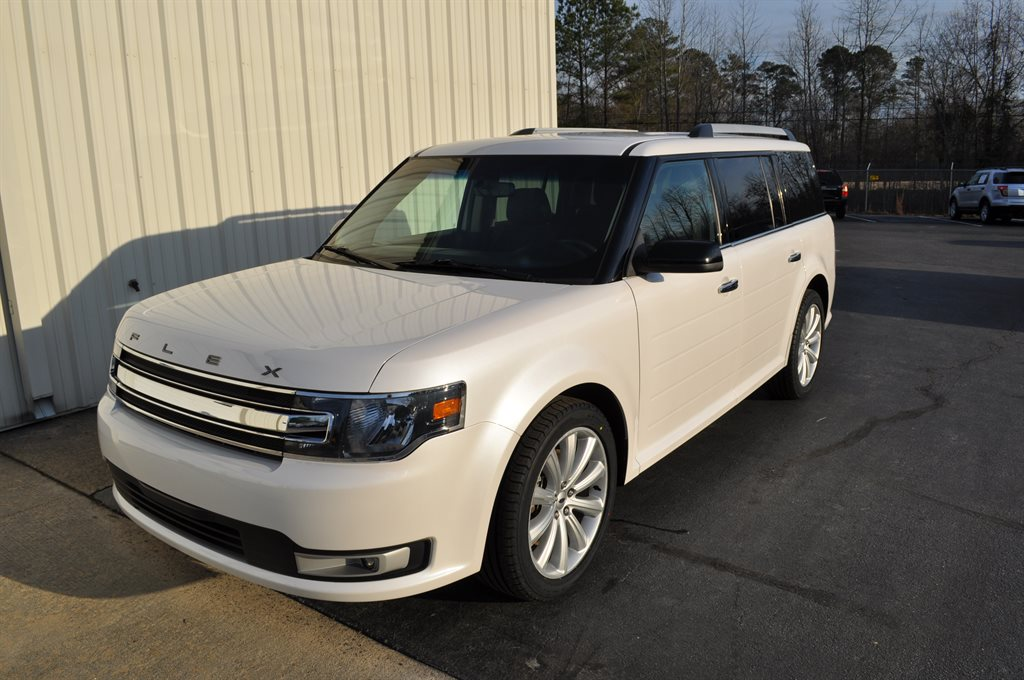 2016 Ford Flex SEL photo