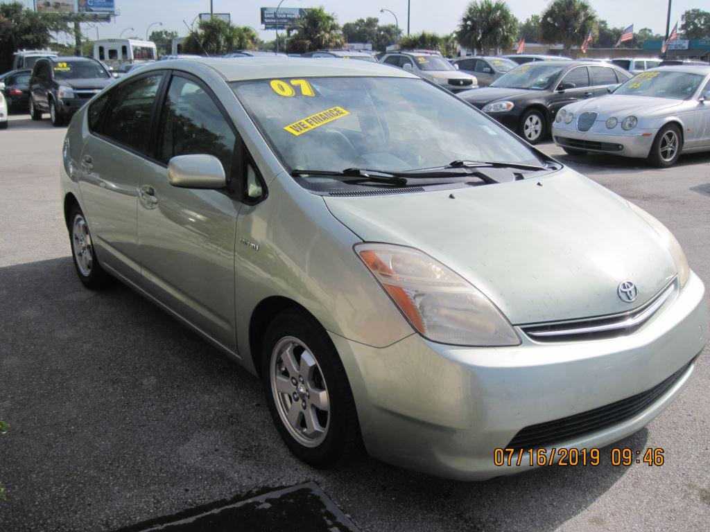The 2007 Toyota Prius photos