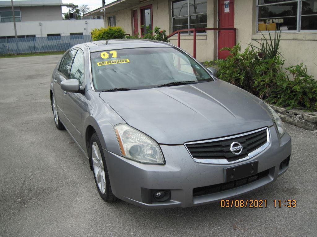 2007 Nissan Maxima 3.5 SE photo