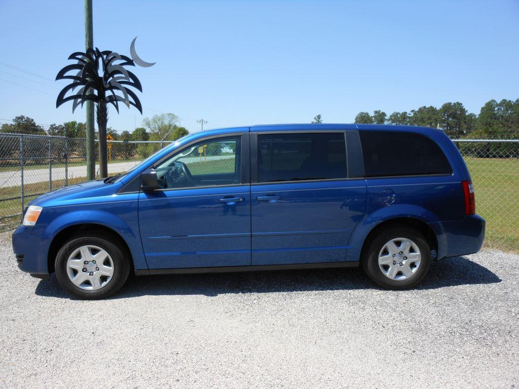 2010 Dodge Grand Caravan SE photo