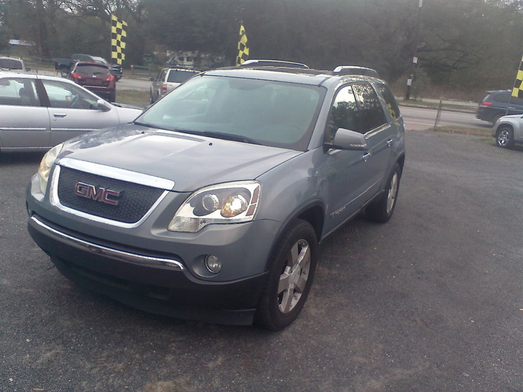 2008 GMC Acadia SLT-2 photo