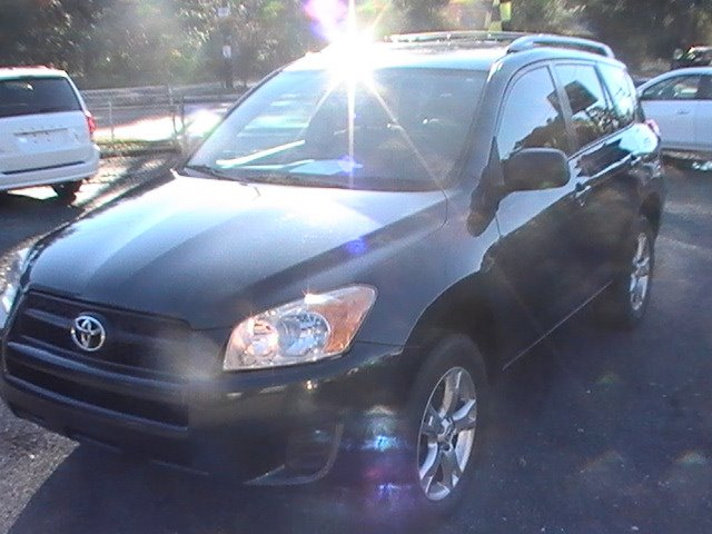 2011 Toyota RAV4 photo