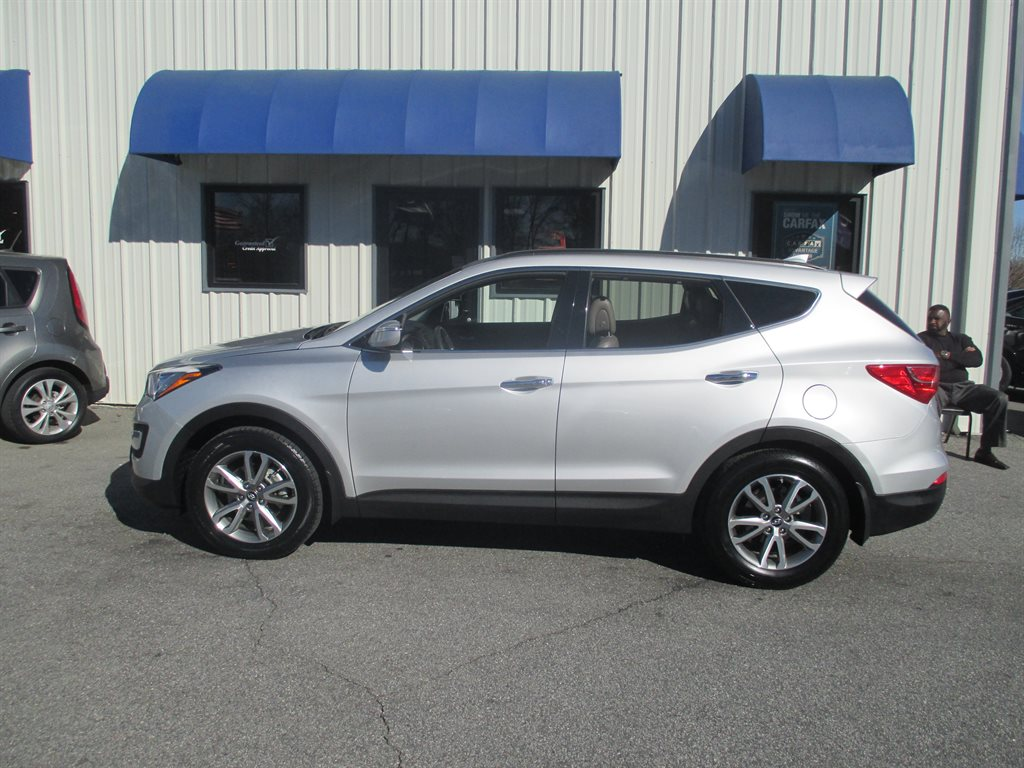 2014 Hyundai Santa Fe Sport 2.0T photo