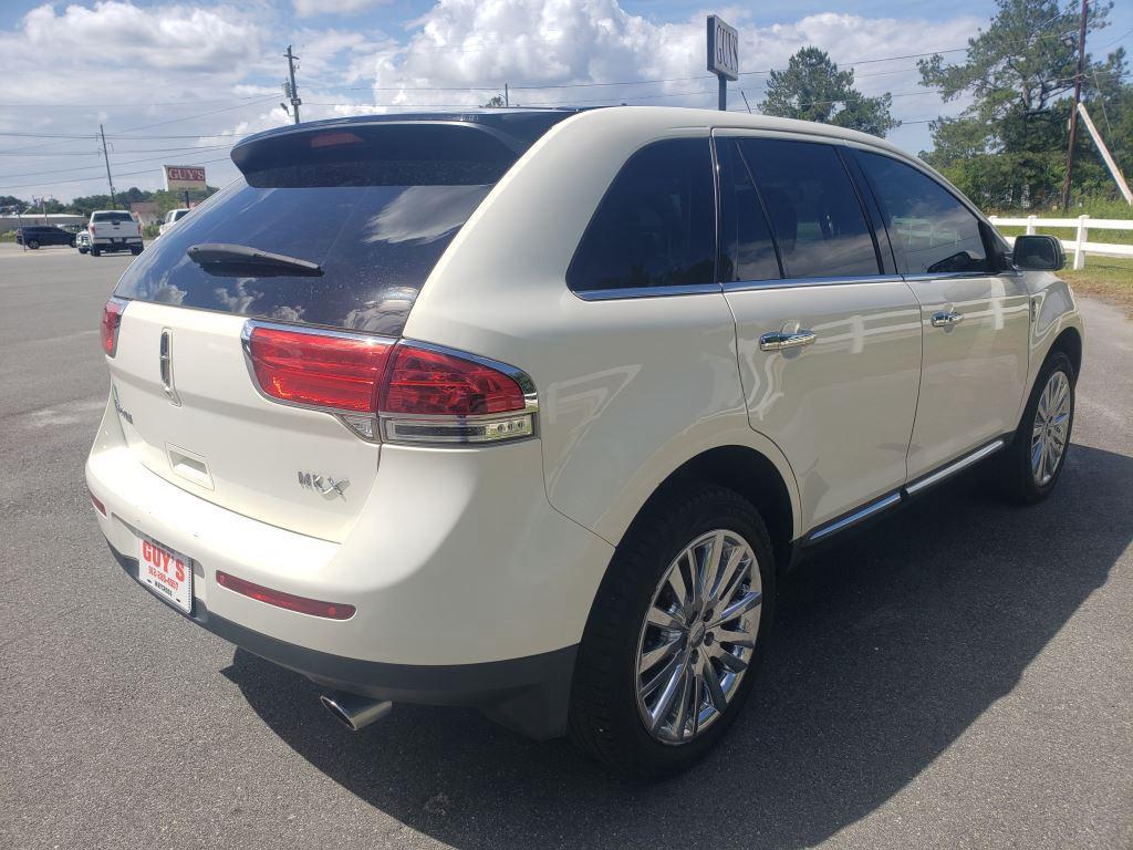 2013 Lincoln MKX photo