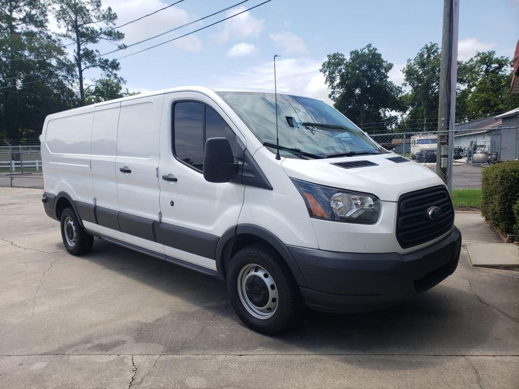 The 2018 Ford T250 Vans  photos